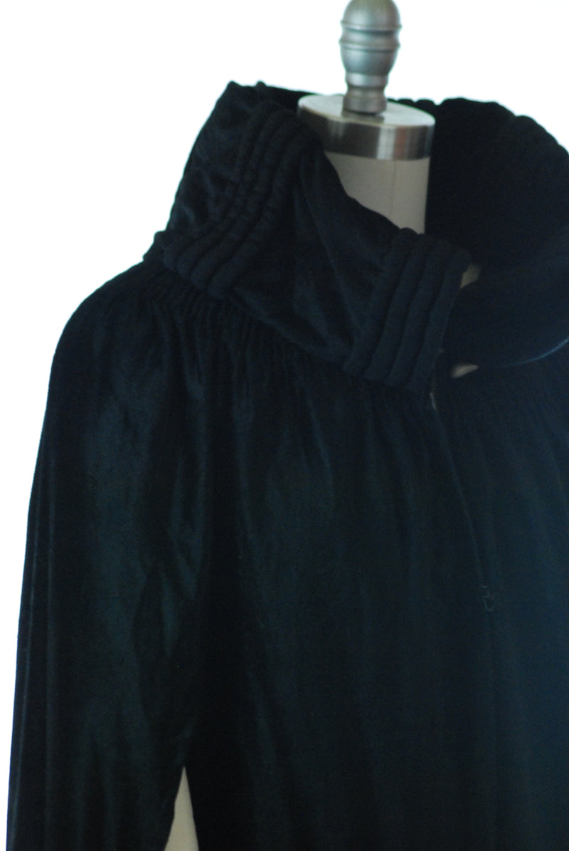 Exquisite Late Victorian or Early Edwardian Fur Felt Cape with Rolled Collar