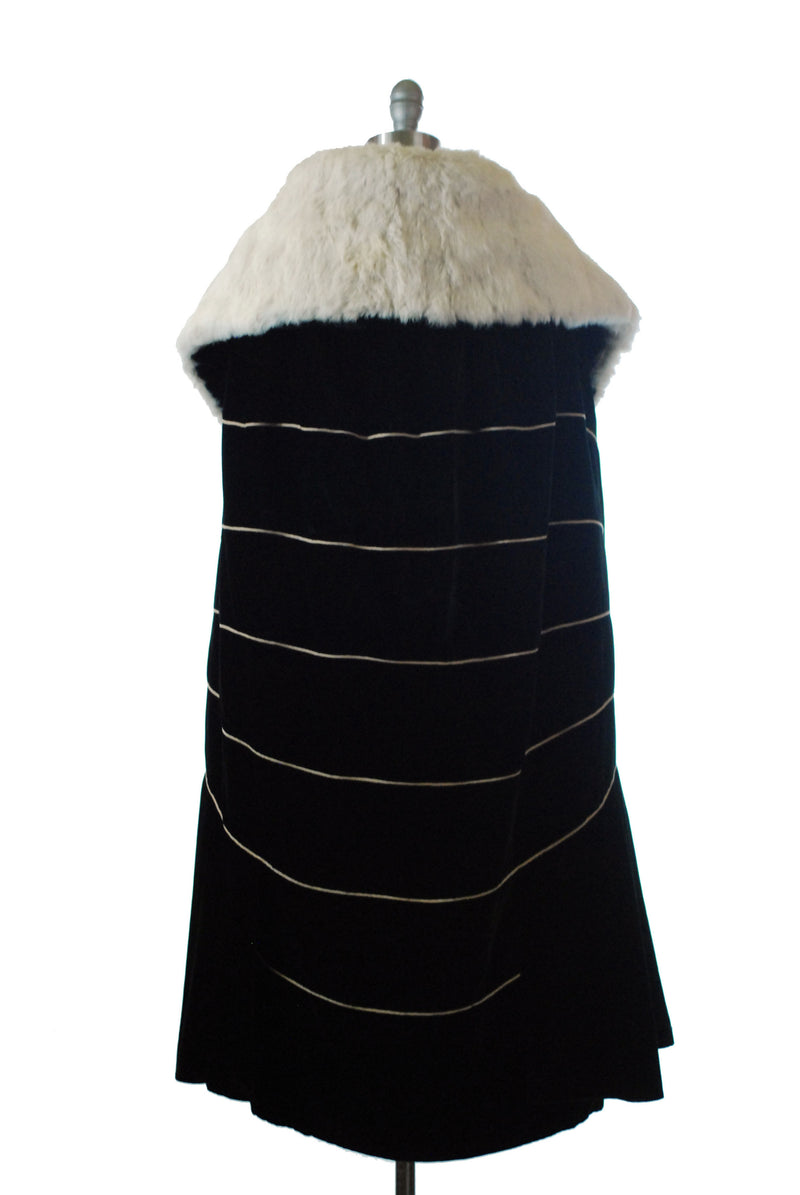 Decadent 1920s Black Velvet Cape with Rabbit Fur Collar