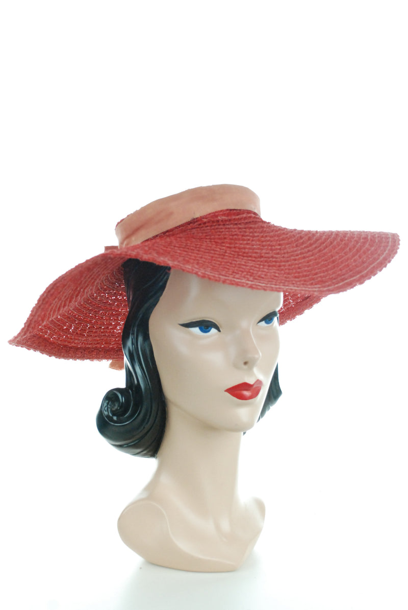 True Red 1940s Woven Straw Sunhat with Wide Brim