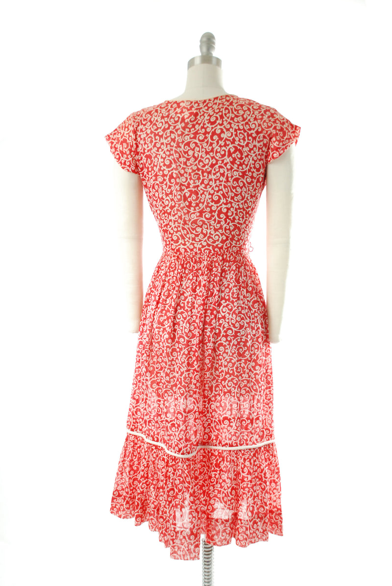 Darling 1940s Dress Floral Print in Semi-Sheer Cotton Voile with Shirring and Pique Trim