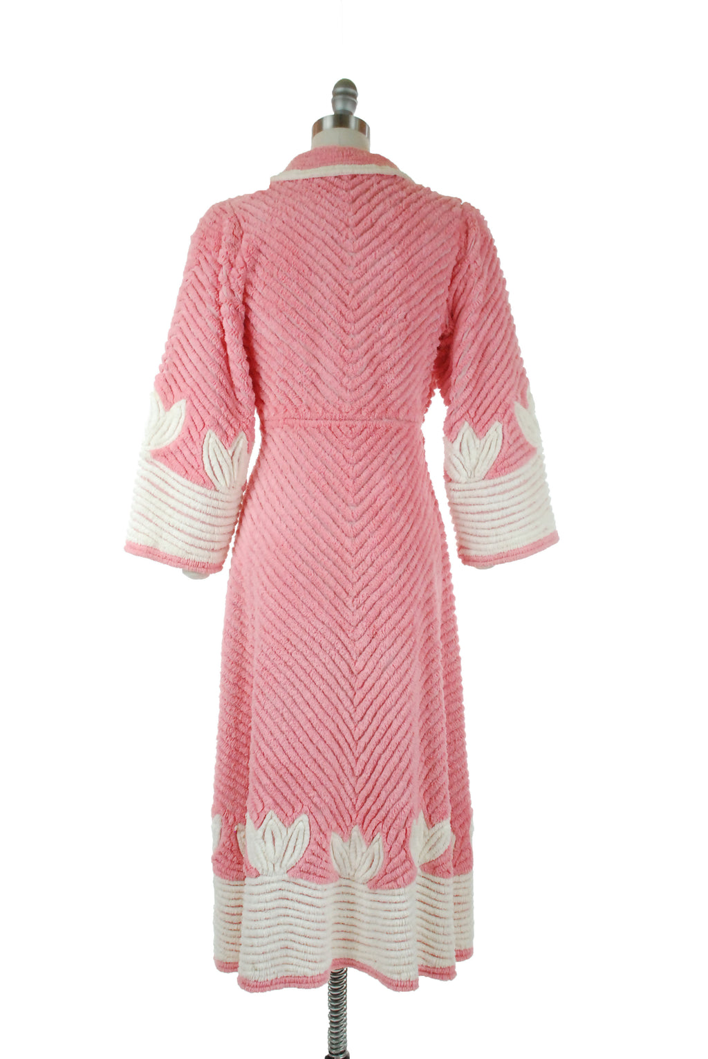 Vintage 1940s Decadent Pink Chenille Wrap Style Dressing Gown with White Accents