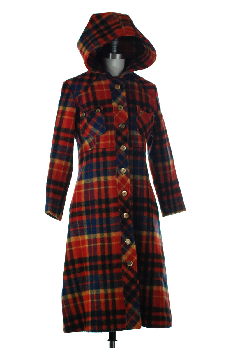 Cheerful 1970s Plaid Wool Hooded Coat and Golden Buttons