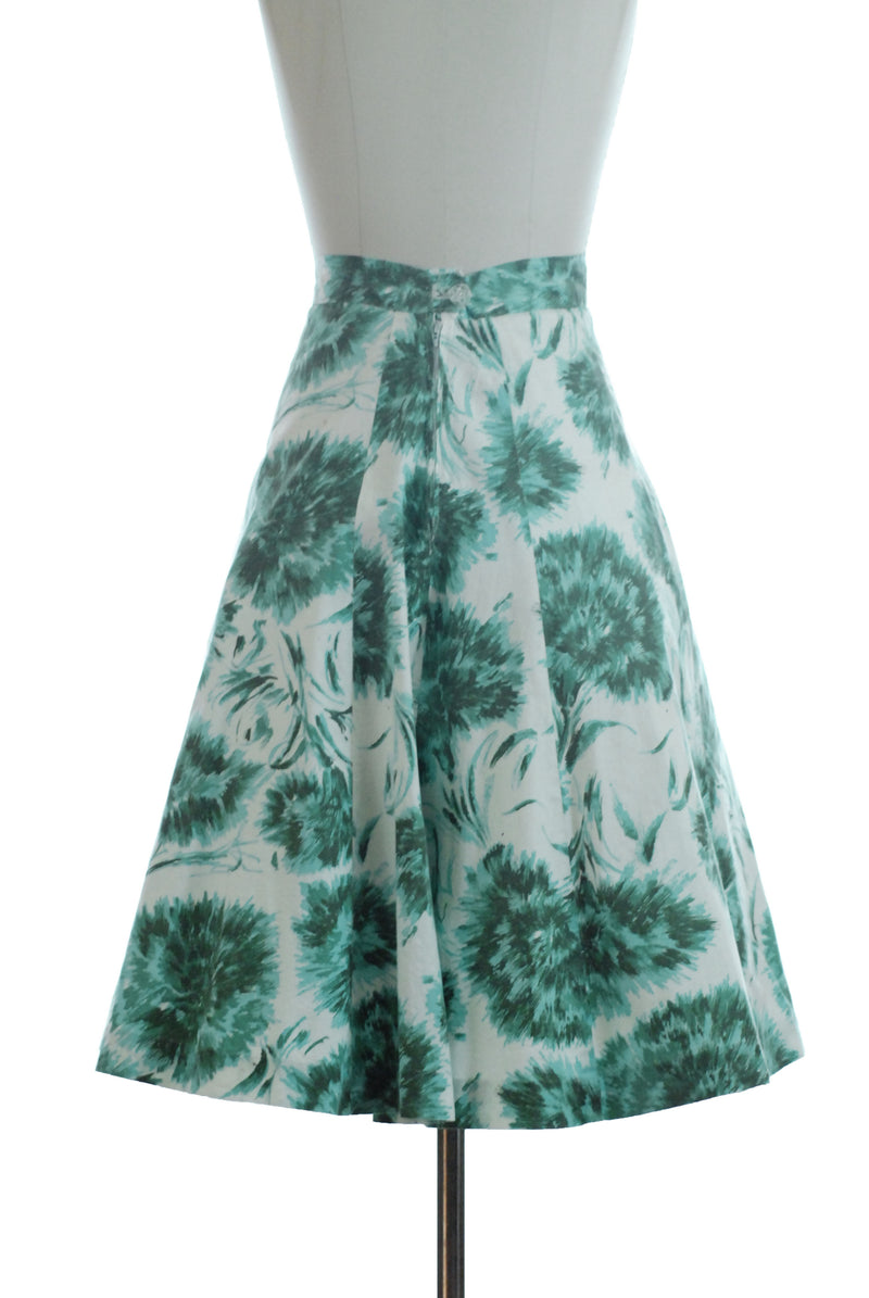Christmas Mood 1950s Cotton Skirt with Green Chrysanthemums
