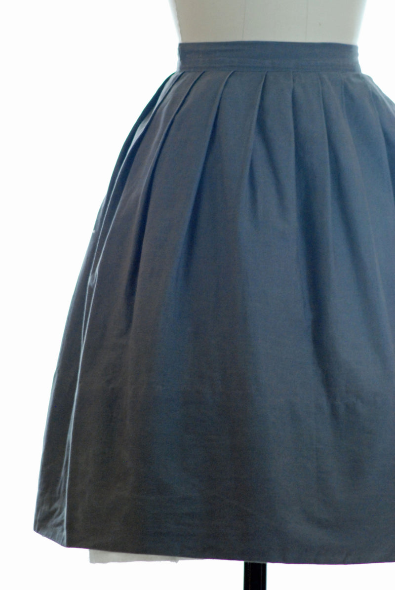 Basic 1950s Grey Cotton Skirt with Pleats