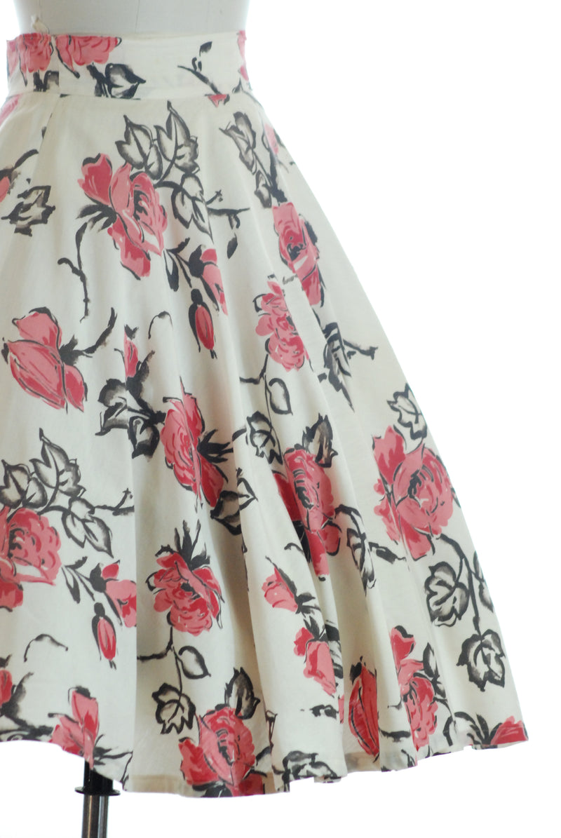 Gorgeous 1940s Circle Skirt in Bias Cut Cotton with Rose Print