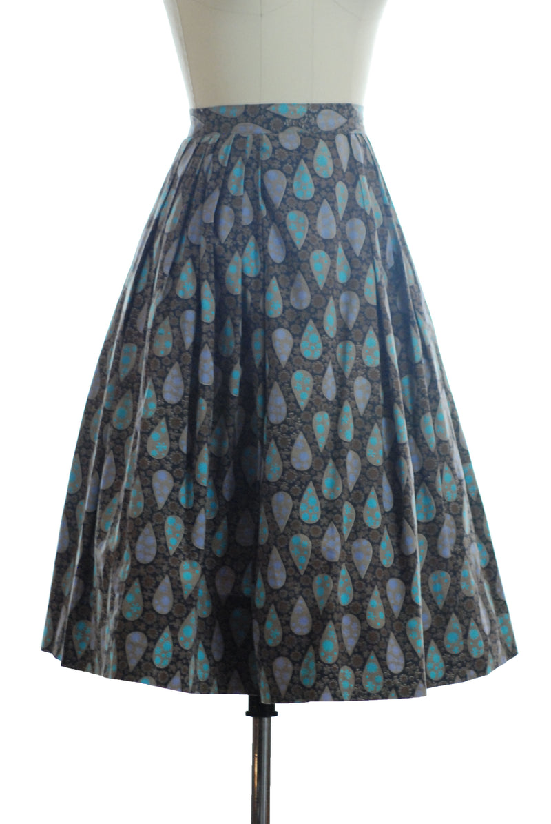 Chic Early 1960s Cotton Skirt with Atomic Teardrops in Cool Colors
