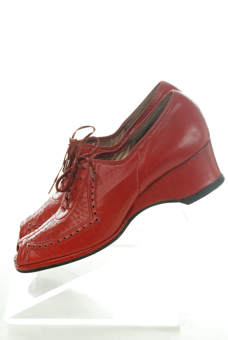 RESERVED on LAYAWAY Rare 1940s Rhythm Step Wedges in True Red Leather Size 8