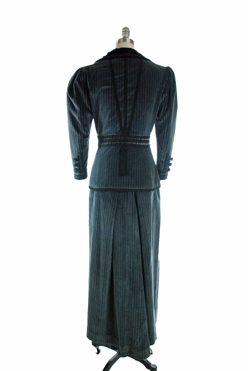 Gorgeous 1960s Well-Made Costume of Edwardian Era Suit in Blue Velveteen