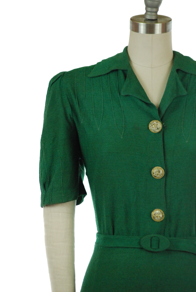 Killer Late 30s/Early 40s Rayon Bloucle Dress in Emerald Green
