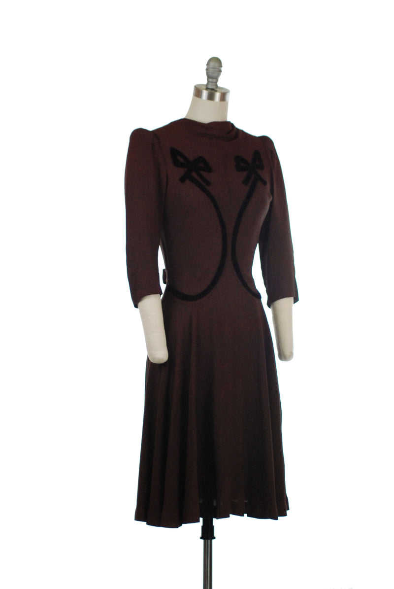 Darling c. 1939/1940 Day Dress in Brown Rayon Crepe with Velvet Bodice Bows