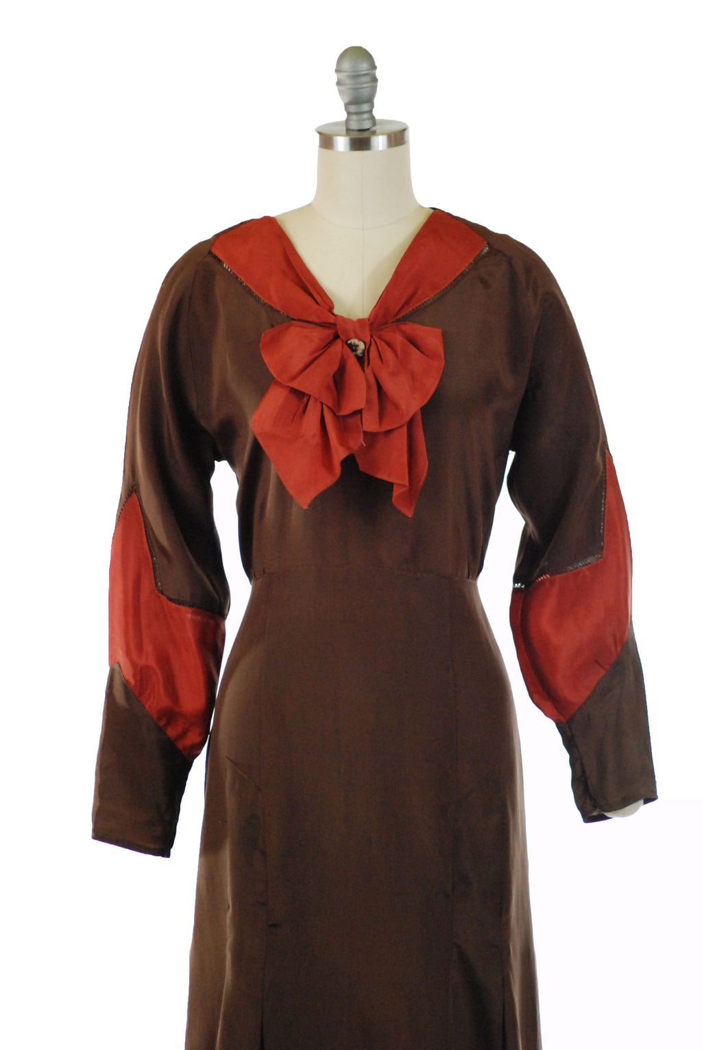 Early 1930s (c. 1930) Brown and Rust Colored Silk de Chine Dress with Bow Accent