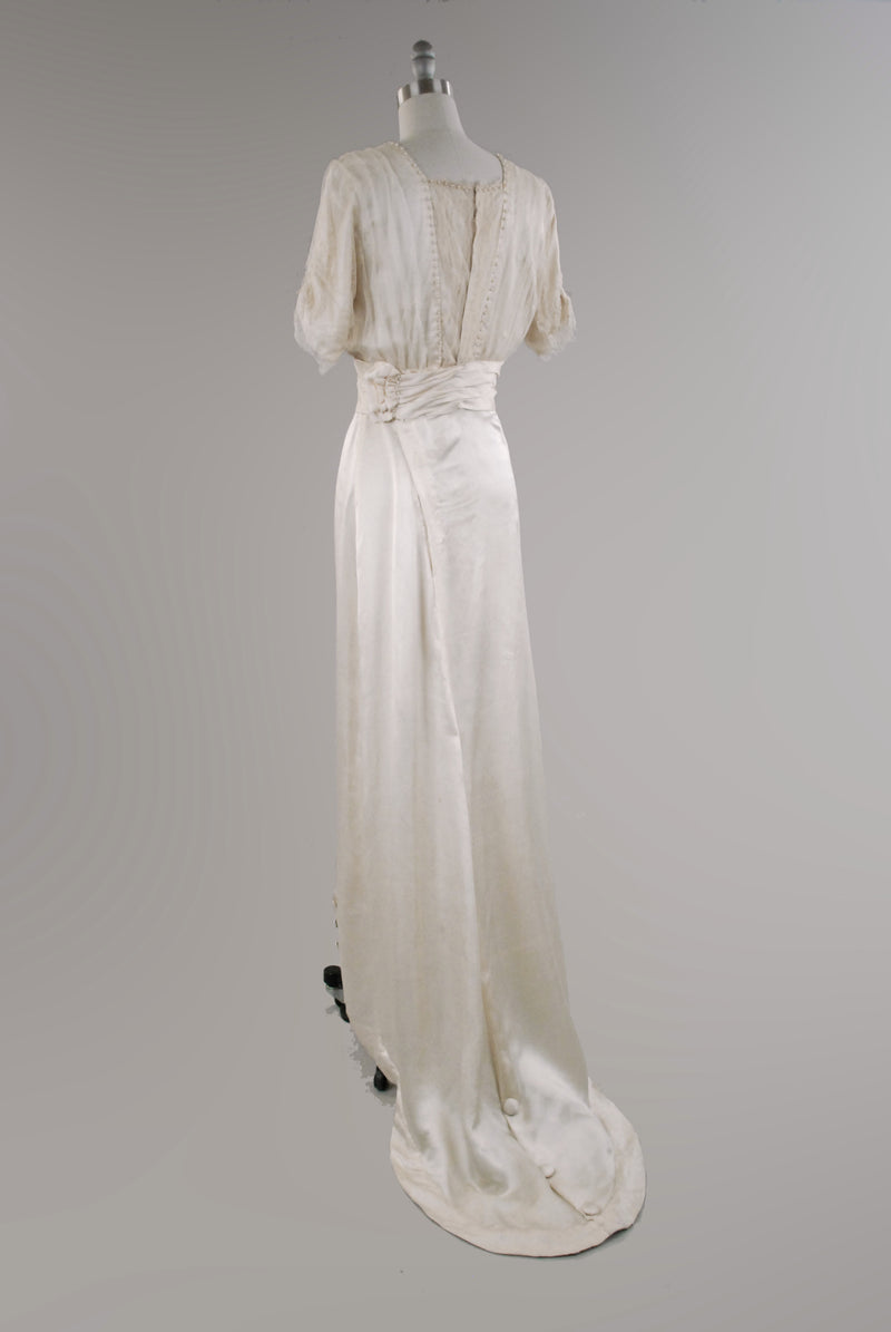 Vintage Edwardian Wedding Dress -c. 1908 Robe Sylphide Luxurious Oyster Silk Form Conscious Gown with Spiderweb Bullion Lace