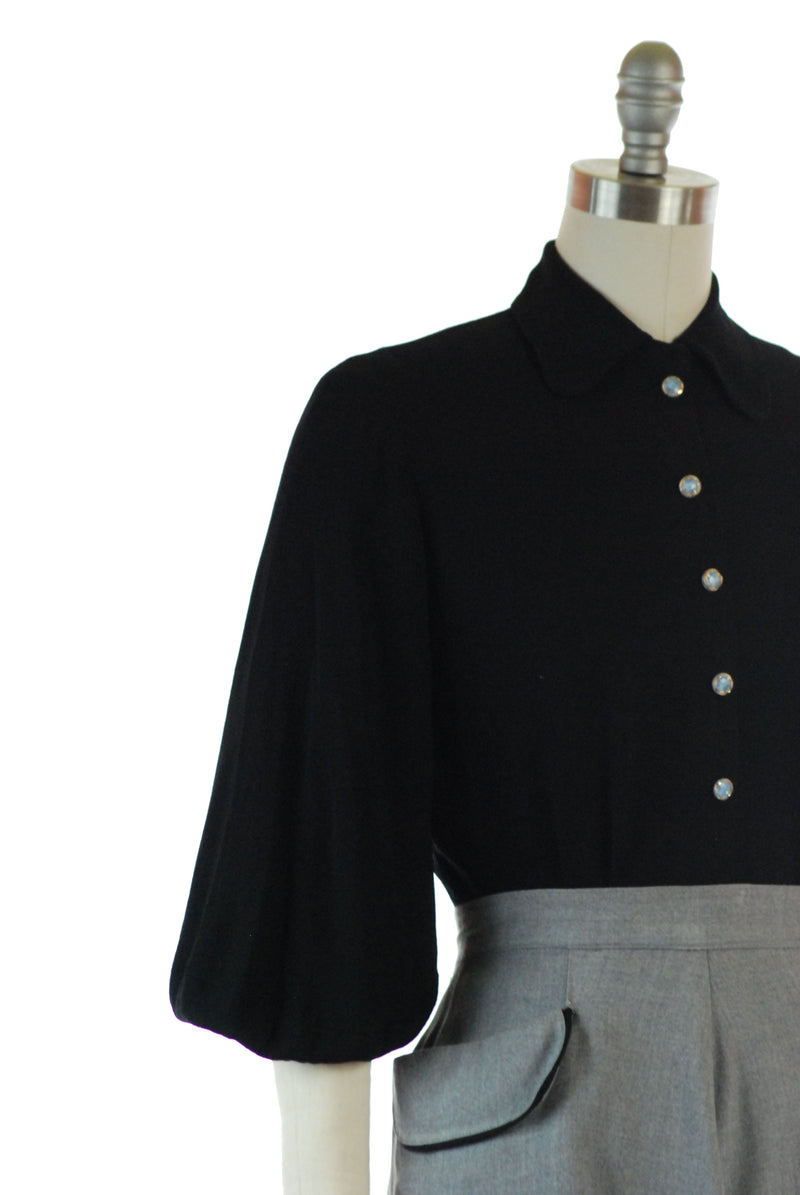 Late 1930s Vintage Snap Front Blouse with Three Quarter Bishop Sleeves and Accent Buttons
