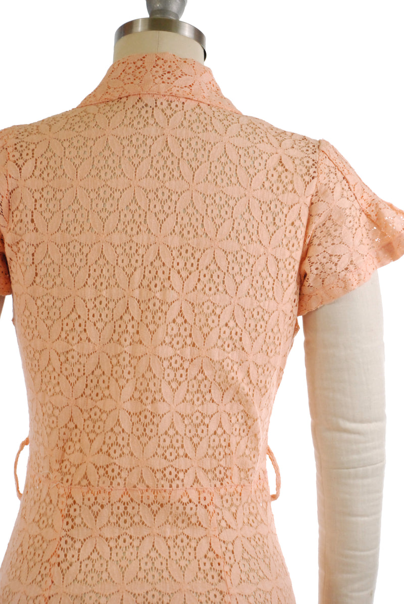 Sturdy 1930s Pink Cotton Lace Dress with Angel Sleeves and Sleek Skirt