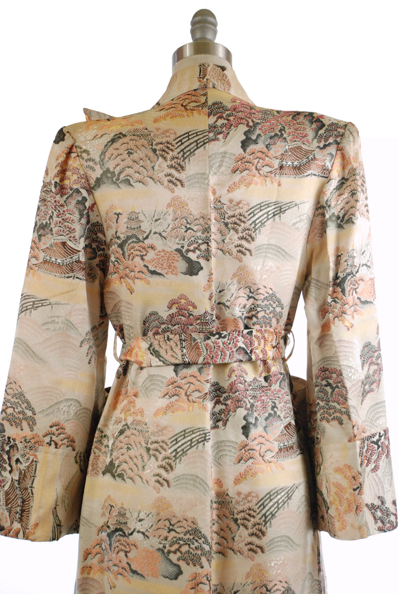 Fine Late 1940s Japanese Made Brocade Dressing Gown with Detailed Garden Scene