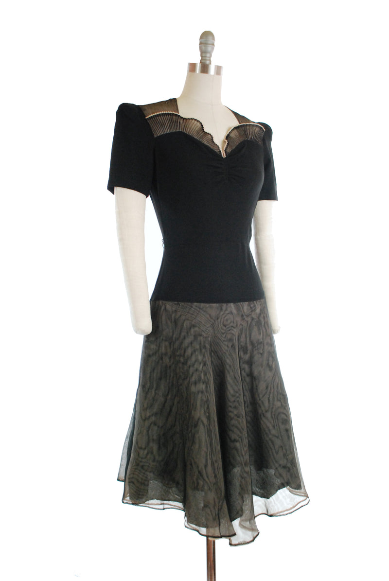 Phenomenal Early 1940s Dress with Sweetheart Bodice and Nude Illusion Skirt and Accents