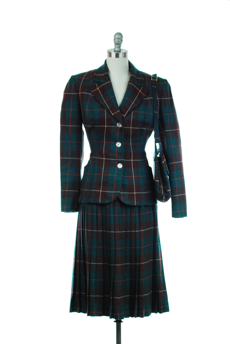 Smart 1950s Three Piece Plaid Suit with Matching Purse
