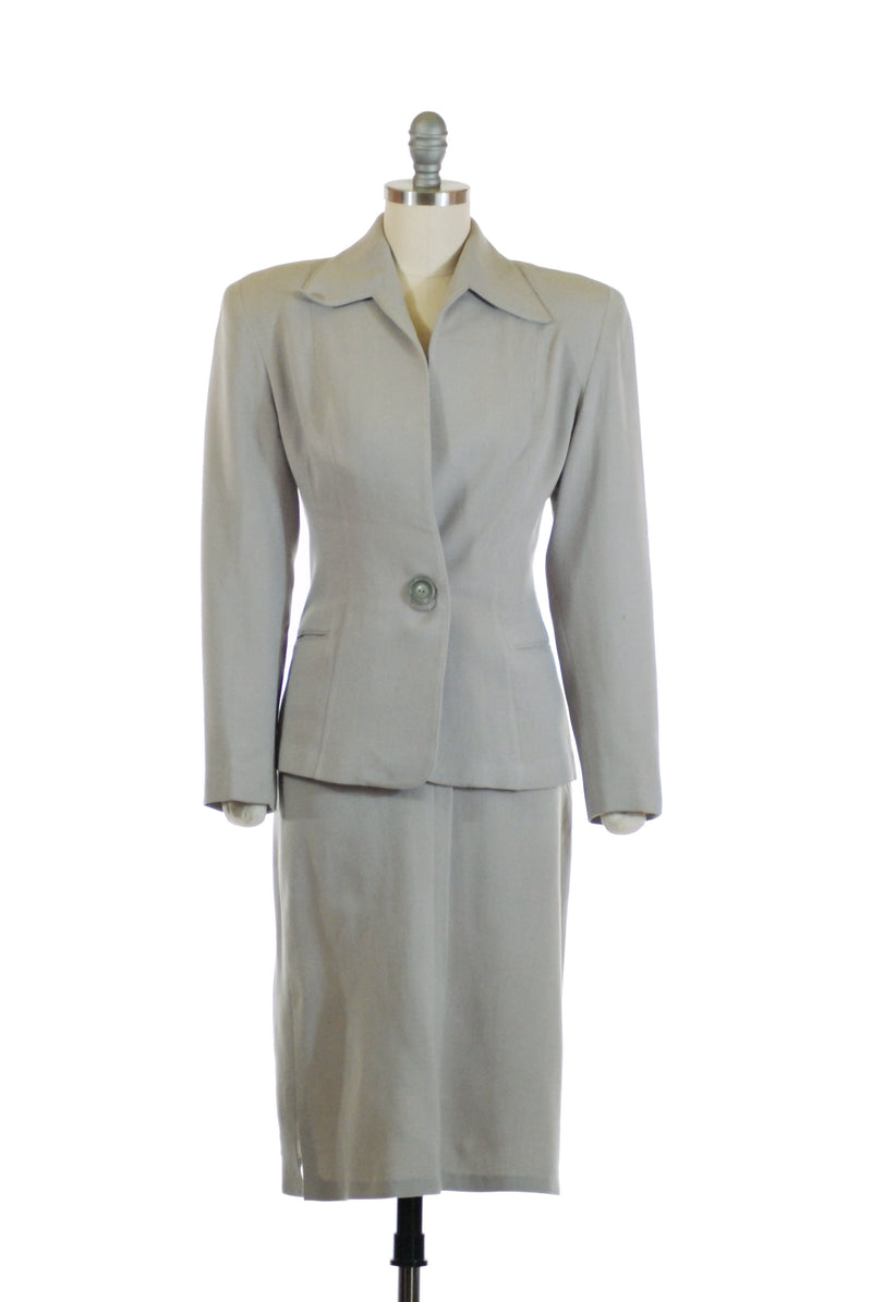 Ideal Early 1940s Tailored Grey Gabardine Suit