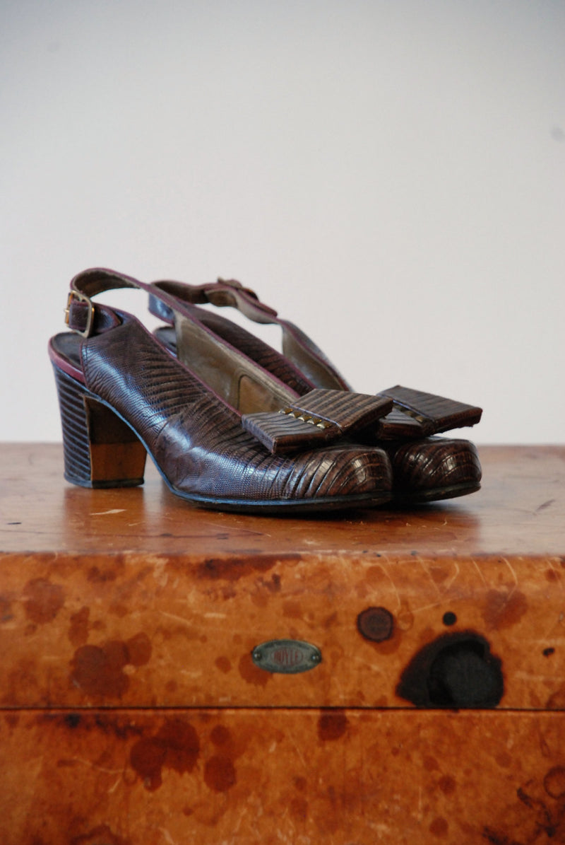 Vintage 1940s Shoes - Fabulous Brown Reptile 30s Babydoll Slingbacks with Studded Bow and Squared Heel Size 6
