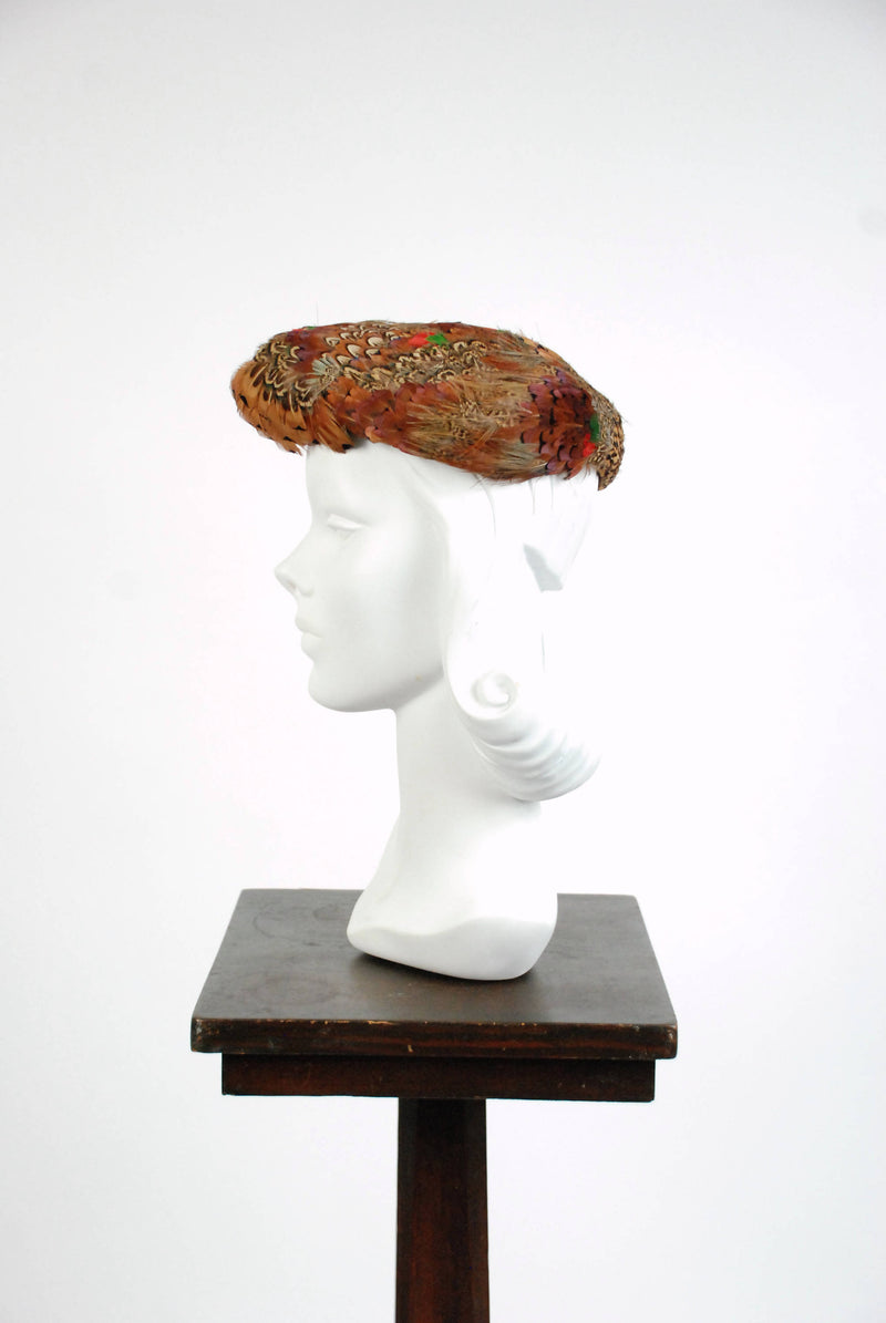 Vintage 1950s Hat - Sculpted 50s Feathered Tammy Hat with Multicolored Pheasant Feathers
