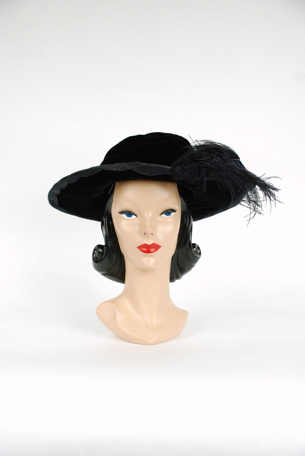 Vintage 1910s Hat - Rare Edwardian Early 1910s  Titanic Era Wide Brimmed Velvet Hat with Large, Low Crown and Ostrich Feather