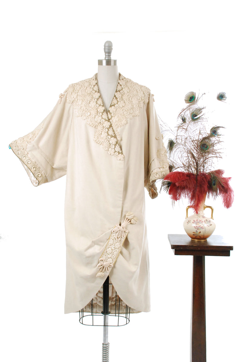 Exquisite 1910s Edwardian White Cotton Lace Cutaway Overdress with Knotwork