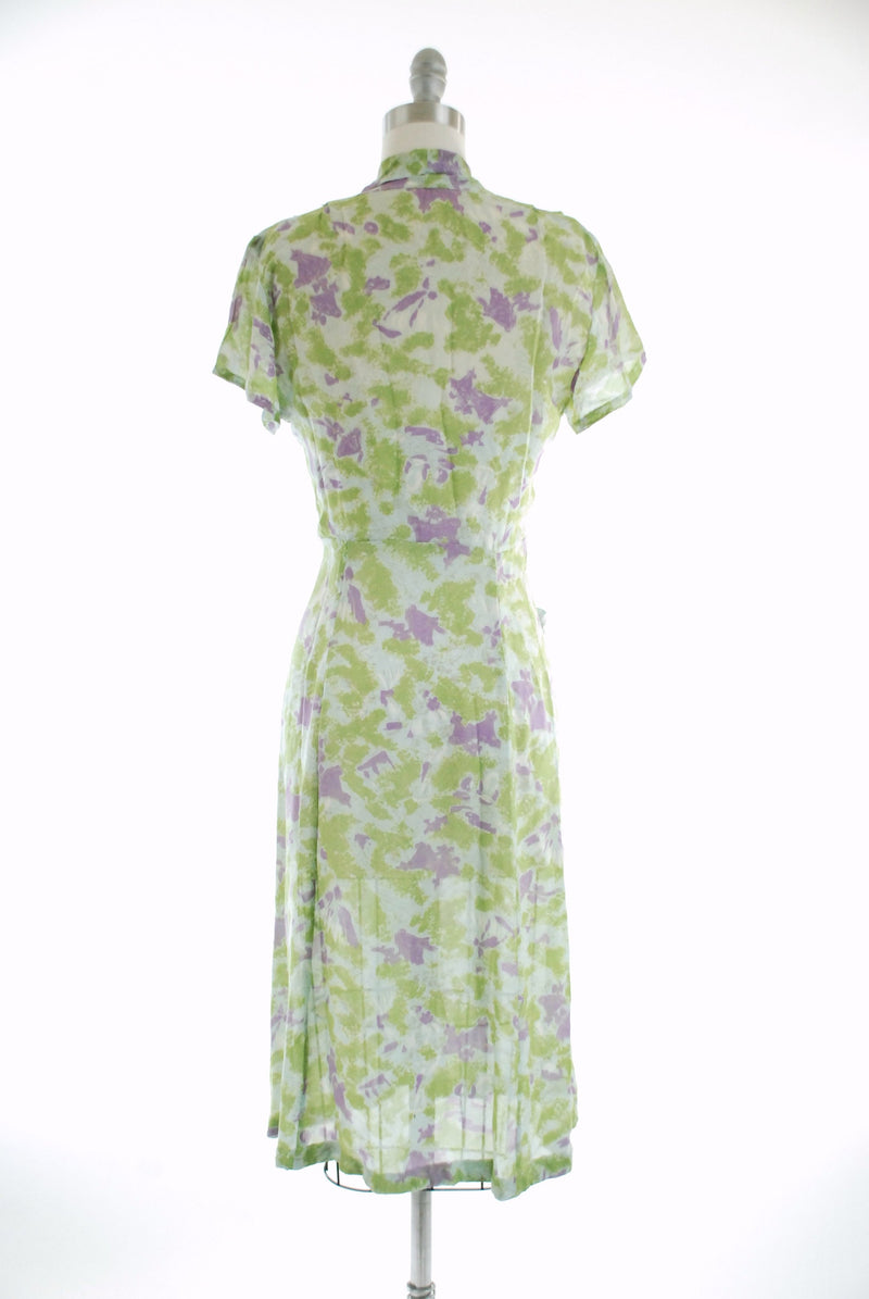 Vintage 1940s Dress - 40s Day Dress in Colorful Semi-Sheer Rayon Novelty Print of Lime Green, Purple Parasols and Grey Blue