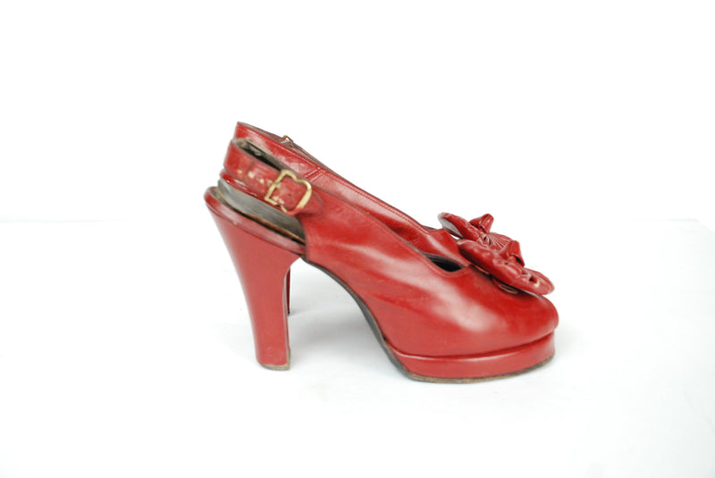 Vintage 1940s Shoes - Stunning Lipstick Red Leather Peeptoe 40s Platform Slingback Heels