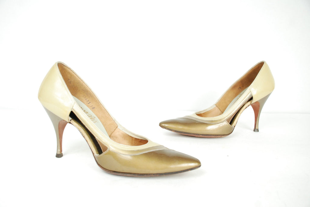 Vintage 1960s Shoes - Size 7.5 - Yellow and Golden Olive Shimmering Tri Tone Patent Leather Heels