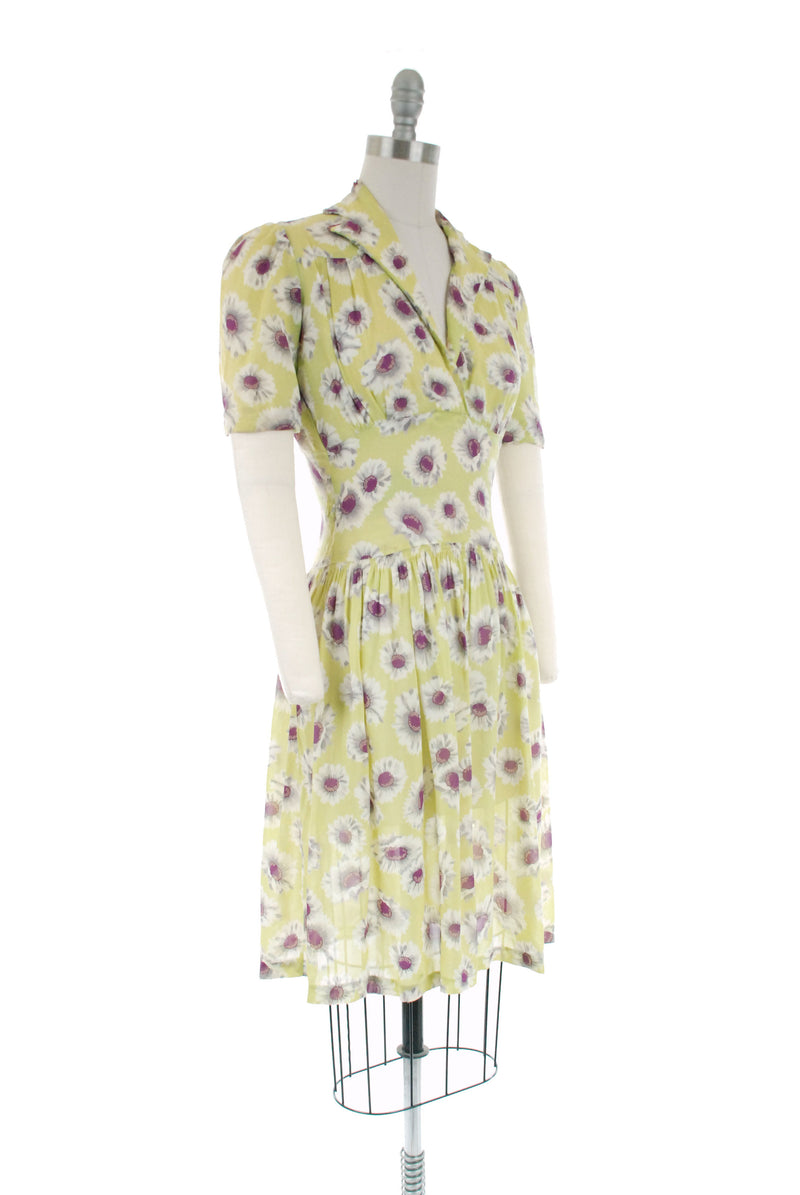 Vintage 1940s Dress - Fantastic Semi-Sheer Chartreuse Day Dress with White and Purple Daisy Print