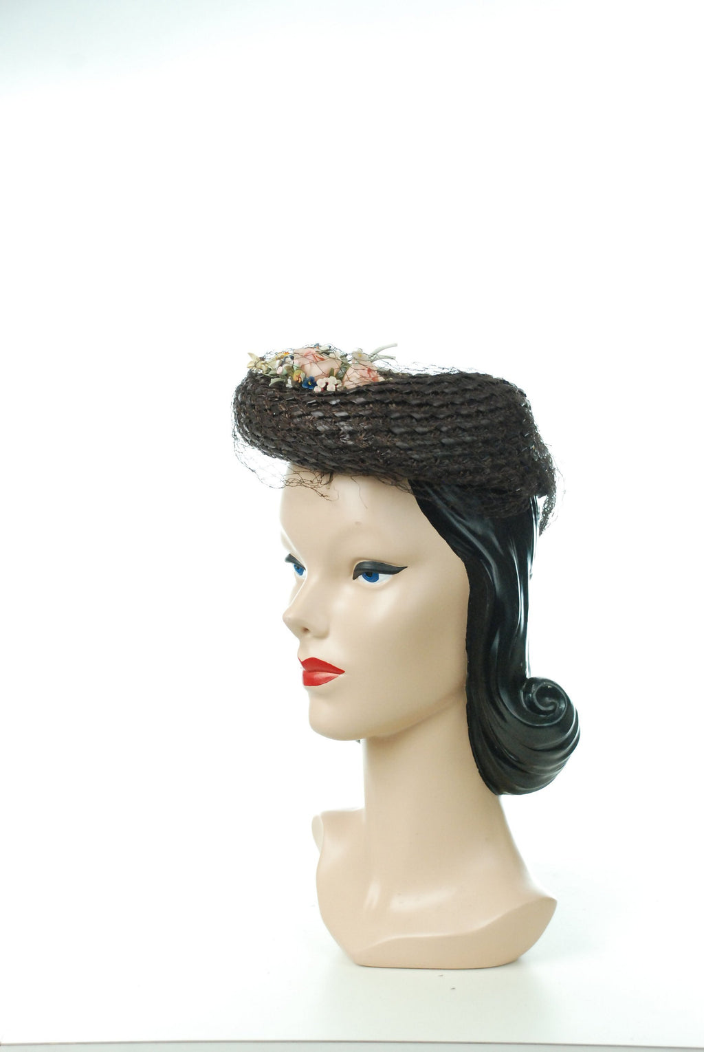 Vintage 1940s Hat - Deep Brown Woven Straw 40s Tilt Hat with Sculpted Brim and Millinery Bouquet
