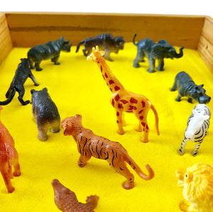 Sand Art Play Kit (Wild Animals + Yellow Sand)