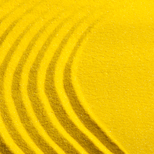 Yellow coloured sand (1 cup)