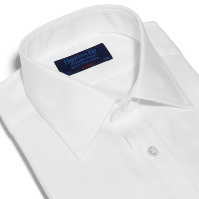 Classic Fit, Classic Collar, Double Cuff Shirt in a Plain White Twill Cotton