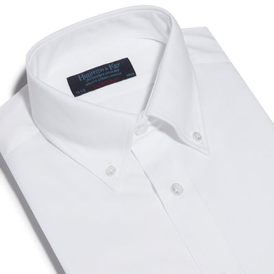 Contemporary Fit, Button Down Collar, Two Button Cuff Shirt In White Oxford