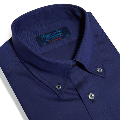 Contemporary Fit, Button Down Collar, Two Button Cuff Shirt In Navy Oxford
