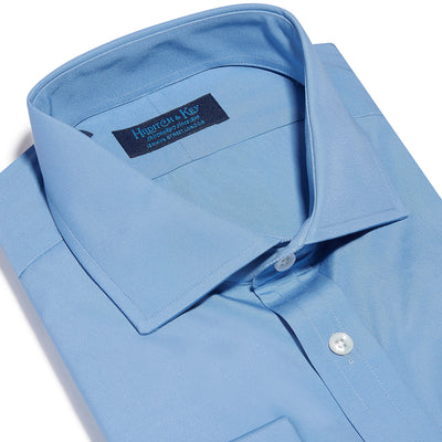Contemporary Fit, Cut-away Collar, Double Cuff Shirt in a Plain Mid Blue Poplin Cotton