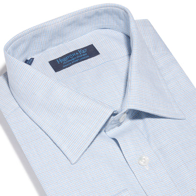 Contemporary Fit, Classic Collar, 2 Button Cuff Shirt in a Blue & Grey Small Check Twill Cotton