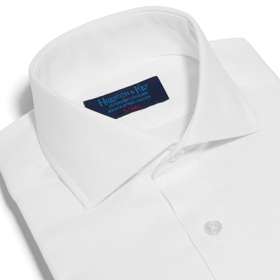 Classic Fit, Cut-away Collar, Double Cuff Shirt in a Plain White Oxford Cotton
