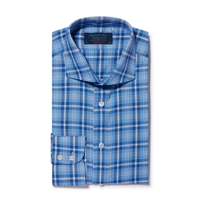 Contemporary Fit, Cut-away Collar, 2 Button Cuff Shirt in a Blue & White Check Oxford Cotton