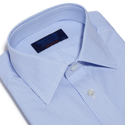 Contemporary Fit, Classic Collar, 2 Button Cuff Shirt in a Blue & White Fine Bengal Poplin Cotton