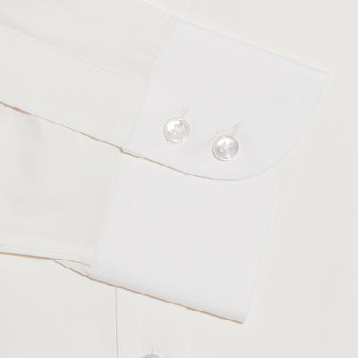 Contemporary Fit, Cut-away Collar, 2 Button Cuff Shirt in a Plain Cream Poplin Cotton