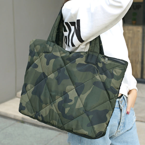 The CAMO padded tote