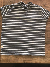 T-Shirt Bib White & Grey Stripe Large
