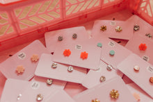 Everyday Studs / Flowers / Choose Colour