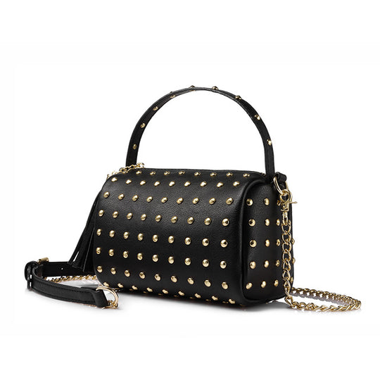 Chain shoulder handbag with rivets tassel