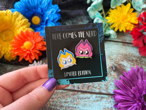 *Collectible* *MINI* Singing Flowers (Alice and Cheshire) - 2 Enamel Pins