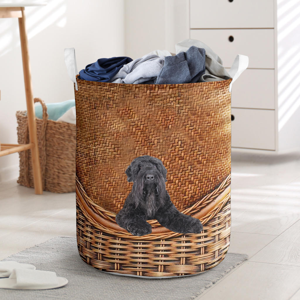Black Russian Terrier - Rattan - LB