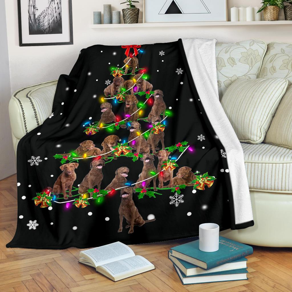 Chesapeake Bay Retriever Christmas Tree