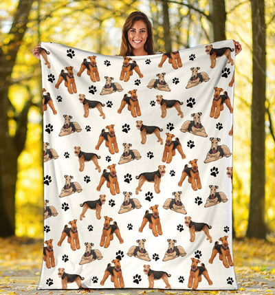 Airedale Terrier Paw Blanket